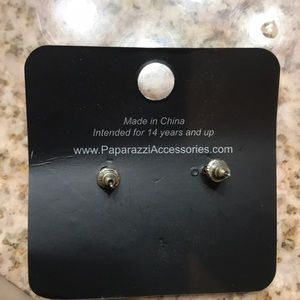 paparazzi Jewelry - NEW never worn earrings